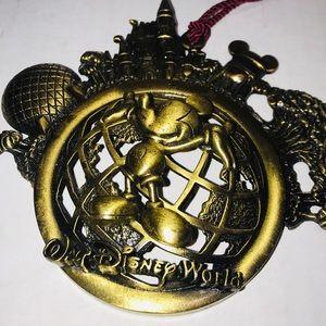 Walt Disney World Mickey Bronze Ornament/Souvenir